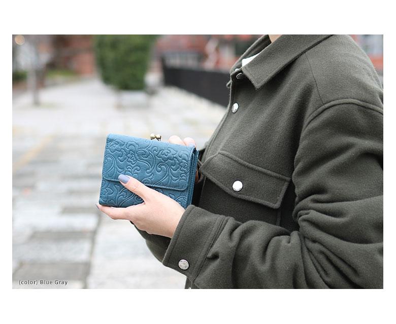 AYANOKOJI X(あやの小路 イックス) がま口二つ折りエンボス財布 GRADATION(本革)イメージ画像