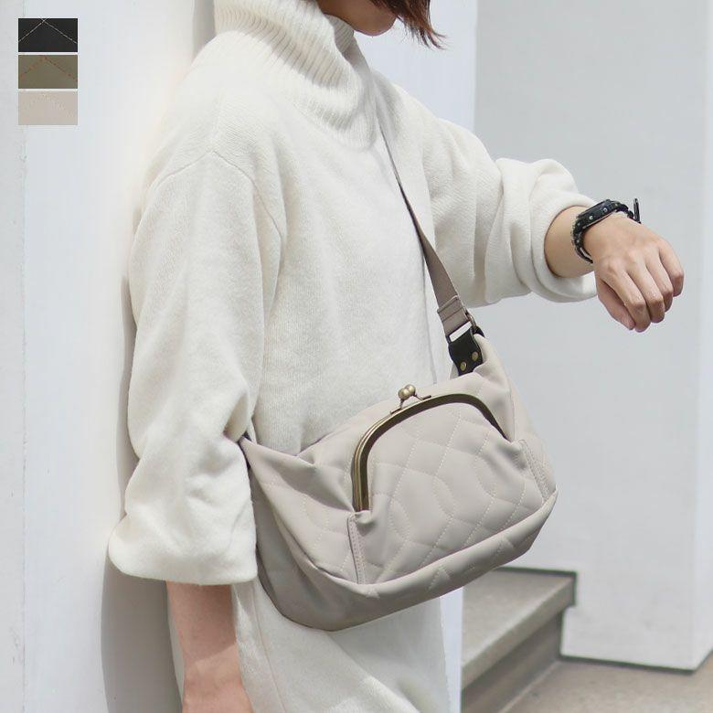 AYANOKOJI キルティング くし型がま口ポケット付きショルダーバッグ メインイメージ